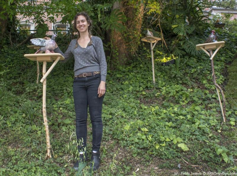 Casa FOA 2014: Paisajismo - Palomas Blancas en el Jardín Oscuro - Desiree De Ridder